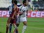 Al Jazira goleia Al Wahda em jogo com três gols brasileiros e três expulsões