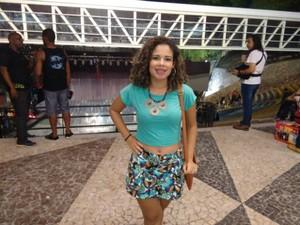 Lorena Ribeiro, 26 anos, teve uma música dos Novos Baianos na formatura dela (Foto: Maiana Belo/G1 Bahia)