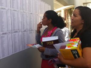 """Pela segunda vez, a estudante Alcirene Vieira tenta o exame, mas só chegou à segunda fase agora. """"Acredito que desta vez eu consigo"""", disse. (Foto: Patrícia Alencar/G1)"""