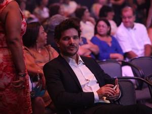 Daniel Oiveira na plateia de Roberto Carlos (Foto: Claudio Andrade/Fotorio News)