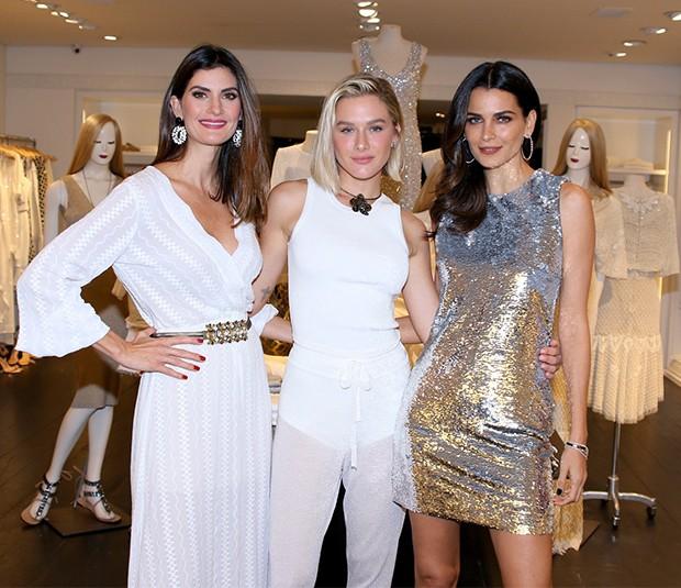 Isabella Fiorentino, Fiorella Mattheis e Fernanda Motta (Foto: Thiago Duran / AgNews)