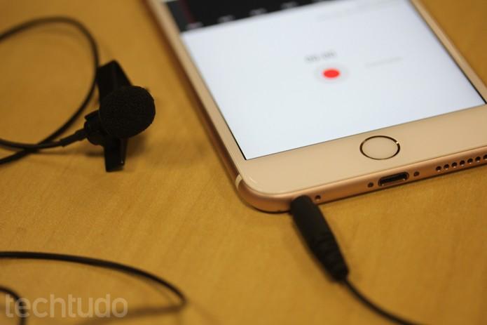 No iOS, microfones Shure funcionam com app da linha MOTIV para iPhone e iPad (Foto: Melissa Cruz / TechTudo)