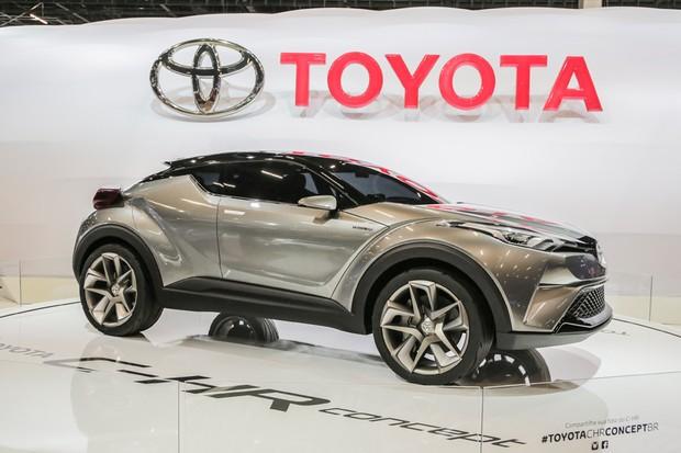 Toyota C-HR no Salão do Automóvel 2016 (Foto: Marcos Camargo/Autoesporte)