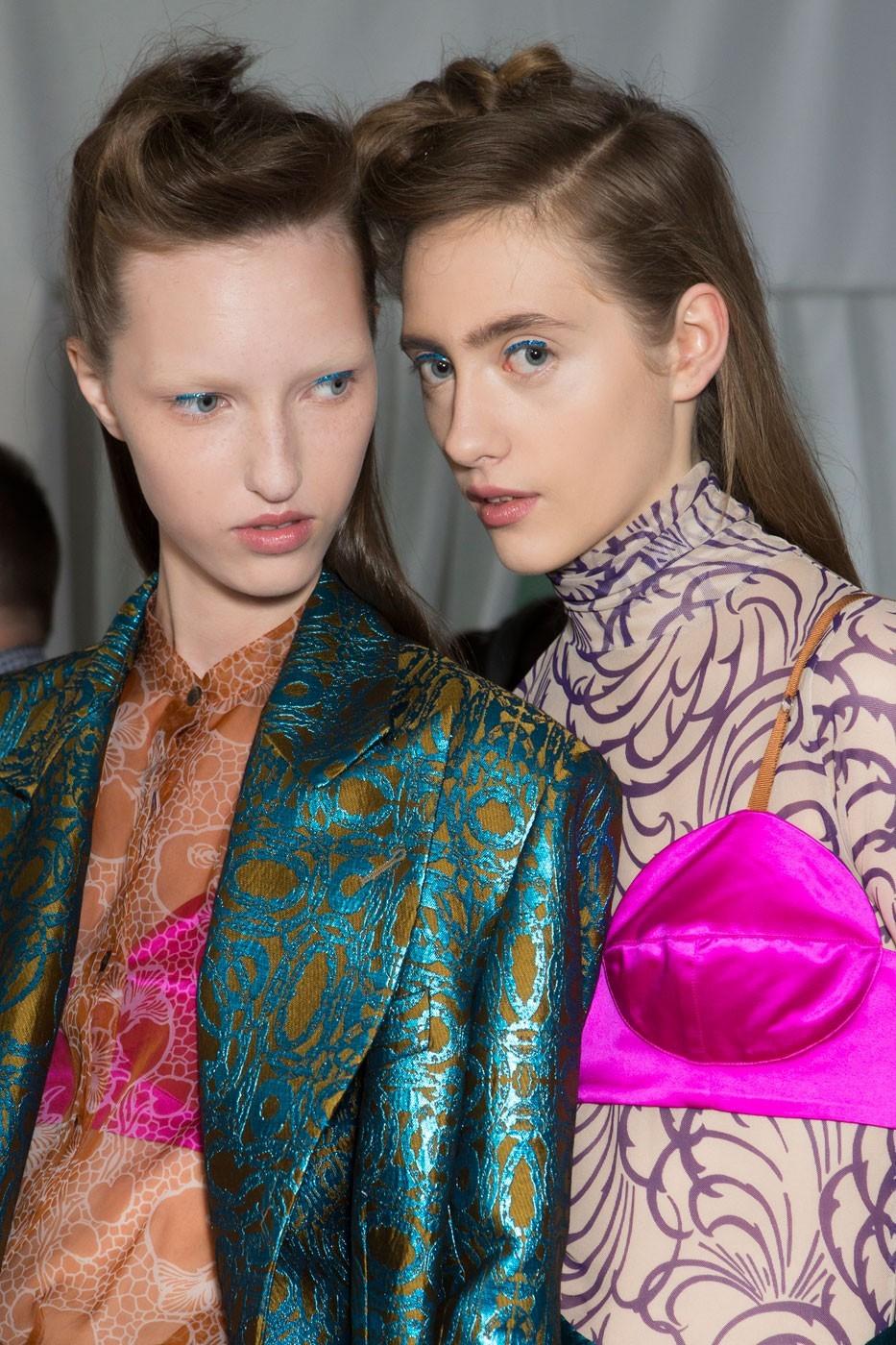 Renove o closet com 7 truques de styling direto da semana de moda de Paris