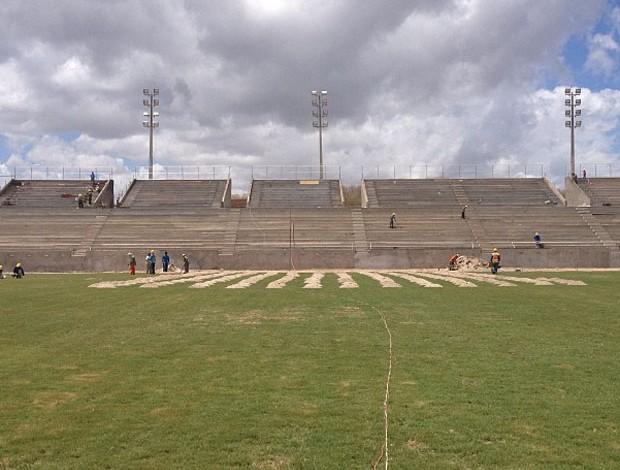 Estádio Barretão tem obras avançadas e espera receber o América-RN por cinco anos (Foto: Alan Oliveira/Divulgação)