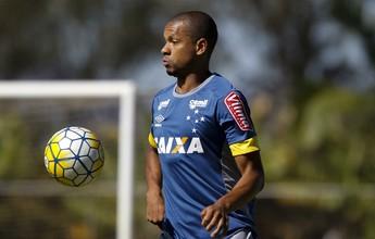 Indicado por Bento, Edimar mantém vaga no time titular de Mano Menezes
