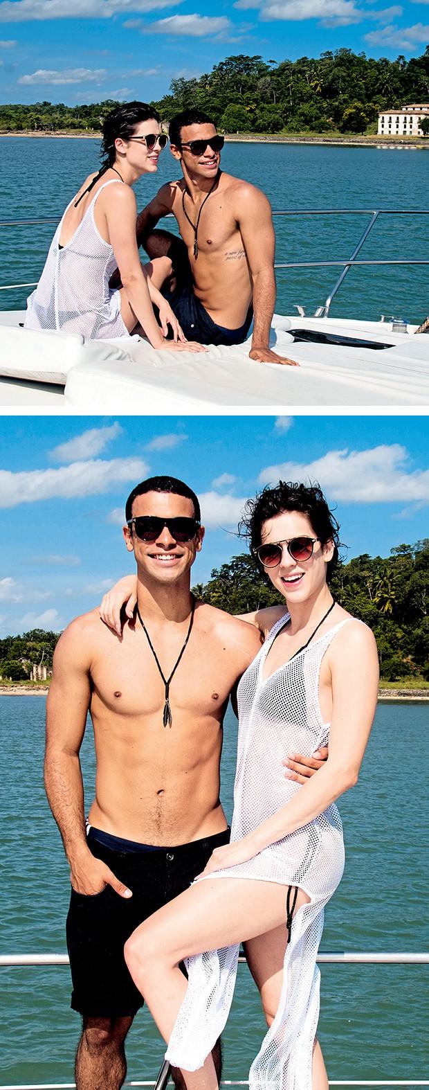 """Na Ilha de Maré,o casal aproveitao sol: """"Somos parceiros na vida"""", diz Sophia  (Foto:  )"""