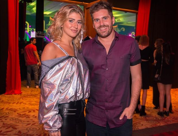 Isabela Rozental e Thiago Gagliasso (Foto: Rodrigo Guillenea/Divulgação)