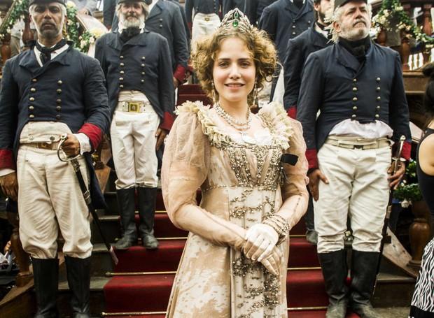 Letícia Colin caracterizada como Leopoldina para a novela Novo Mundo (Foto: Divulgação Globo)