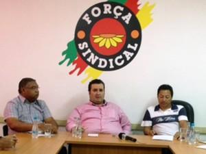 Rodoviários falaram em coletiva na Força Sindical (Foto: Marcos Pacheco/RBS TV)