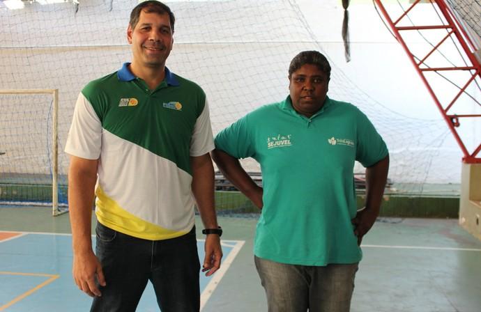 Janjão e Ruth fazem parte da comissão técnica de base sul-mato-grossense de basquete (Foto: Hélder Rafael)