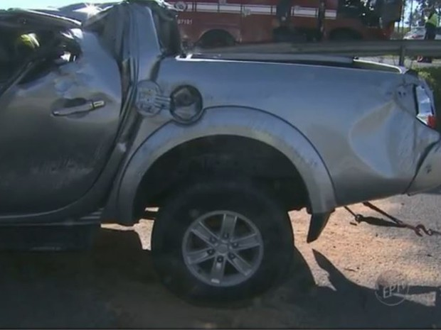 Veículo capotou na Rodovia Dom Pedro I, em Campinas, SP (Foto: Reprodução/EPTV)