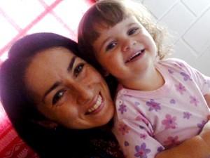 A filha de Fernanda, Anna, tem 2,5 anos e fica na creche enquanto ela estuda (Foto: Arquivo Pessoal)