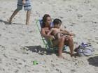 Em dia ensolarado, Daniele Suzuki, Anamara e mais famosos curtem praia no Rio