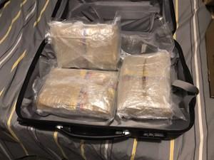 Universitário é preso com drogas pela polícia de Cordeirópolis (Foto: Polícia Civil de Cordeirópolis)