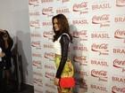 Estrela de desfile, Bruna Marquezine exagera sobre make: 'Tô feia ainda'