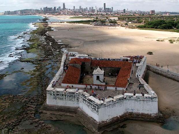 Fortaleza dos Reis Magos, na praia do Forte, é berço da história de Natal (Foto: Canindé Soares)