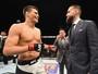 Com hérnia de disco, CM Punk passa por cirurgia e adia estreia pelo UFC