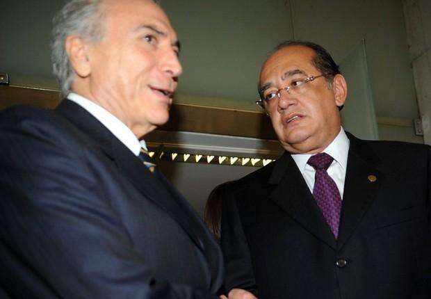 O presidente Michel Temer encontra-se com o ministro do STF Gilmar Mendes (Foto: Antonio Cruz/Agência Brasil)