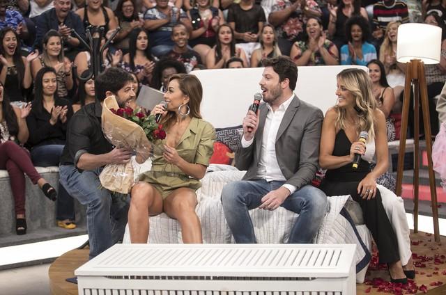 Duda Nagle, Sabrina Sato, Danilo Gentili e Ticiane Pinheiro (Foto: Edu Moraes/Record)