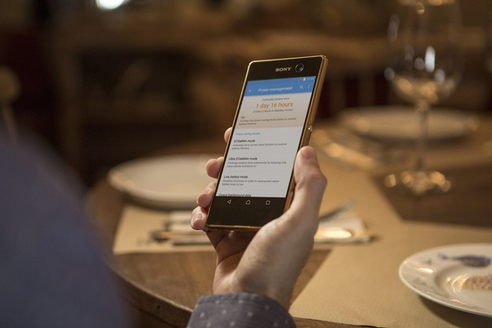Xperia M5 possui tela FullHD (Foto: Divulgação/Sony) (Foto: Xperia M5 possui tela FullHD (Foto: Divulgação/Sony))