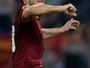 Totti comanda virada do Roma, que volta à vice-liderança do Italiano