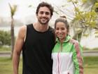 Danielle Winits e Danilo Sacramento gravam na Lagoa Rodrigo de Freitas