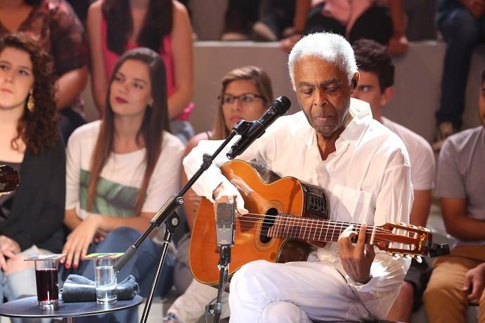 Gilberto Gil canta músicas de sucesso no 'Altas' (Foto: Carol Caminha/Gshow)