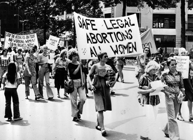 PEC que criminaliza o aborto em todos os casos foi aprovada por 18 votos a 1 (Foto: Getty Images)