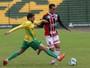 Ypiranga marca duas vezes na 1ª etapa, segura Botafogo-SP e vence