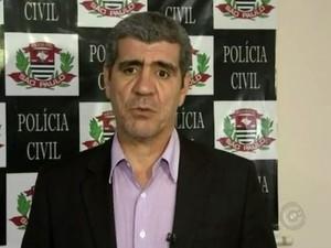 De acordo com delegado Kleber Granja, os adolescentes mataram vítima e queimaram corpo em seguida (Foto: Reprodução/TV TEM)
