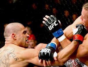 Renan Barão luta UFC 169 Faber (Foto: Getty Images)