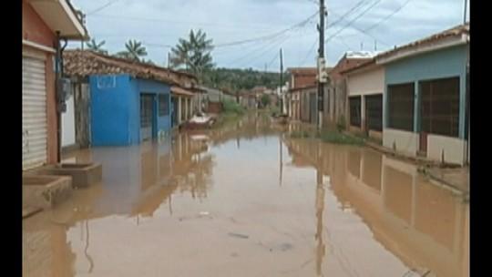 Em Tucuruí, moradores enfrentam alagamentos após chuva de 15 horas