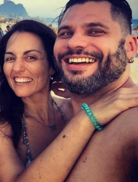 Renata Celidônio com o marido (Foto: Reprodução)