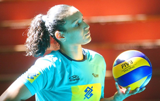 Tandara sele&#231;&#227;o brasileira (Foto: Alexandre Arruda / CBV)