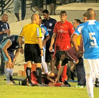Marília x Noroeste, lesão, Vitor Gava, Série A3 (Foto: Bruno Freitas / Noroeste EC)