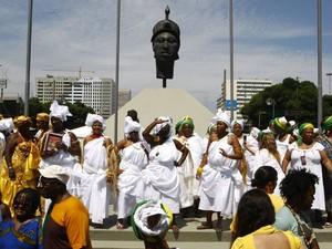 Dia Nacional da Consciência Negra no monumento em homenagem a Zumbi dos Palmares, no Rio de Janeiro. (Foto: Pablo Jacob/Agência O Globo)