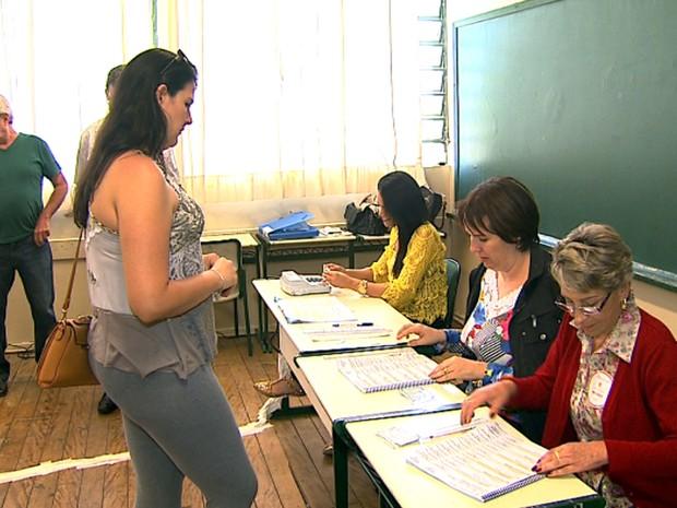 Eleições transcorreram sem problemas graves em Franca (Foto: Chico Escolano/EPTV)