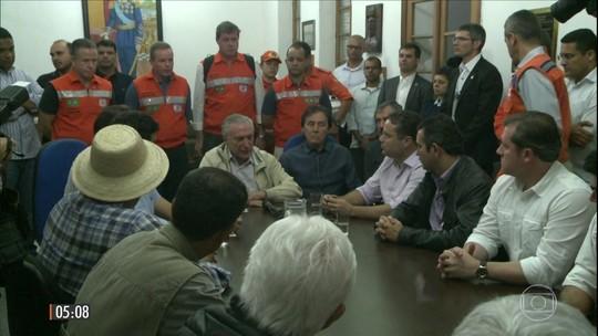 Chuva mata 6 e deixa milhares de desabrigados em AL e PE