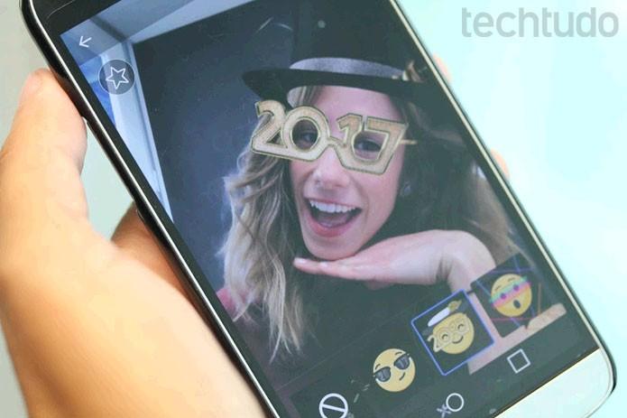 Máscaras para 2017 podem ser usadas no Facebook Live para fazer vídeo ao vivo (Foto: Melissa Cruz / TechTudo)