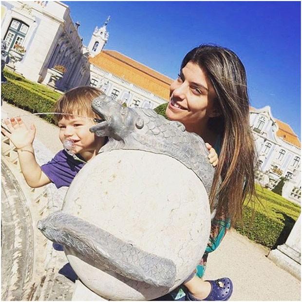"""""""Aqui fora as coisas são mais simples na criação dos filhos'', diz Joana Balaguer (Foto: Arquivo pessoal/ Joana Balaguer)"""