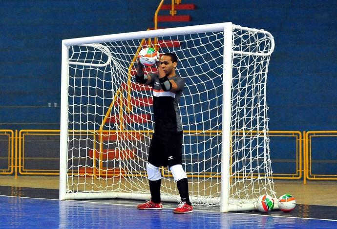 Dudu treino seleção brasileira futsal (Foto: Ricardo Artifon/CBFS)