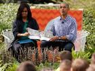 Casal Obama lê livro para crianças em evento de Páscoa na Casa Branca