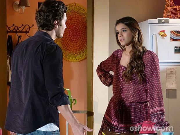 Luiza diz tudo o que sente para Laerte (Foto: Em Família/TV Globo)