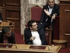 Grécia aprova medidas de rigor econômico exigidas por credores