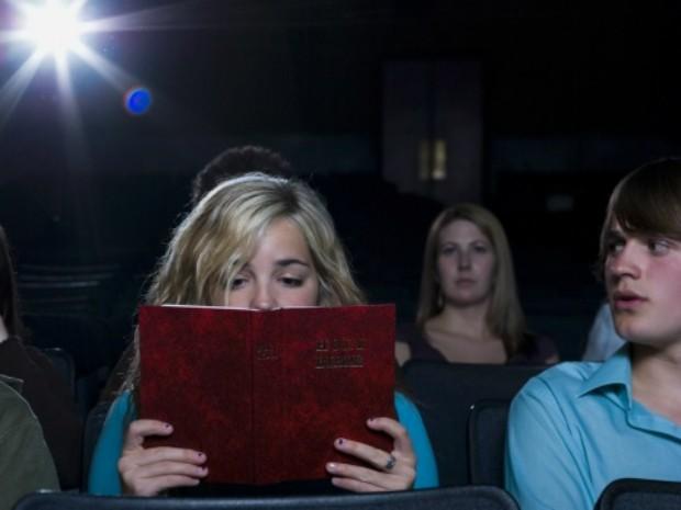 Livros estão invadindo os sets de filmagem e ganhando versões na telona. Ler ou ver o filma?  (Foto: Divulgação)
