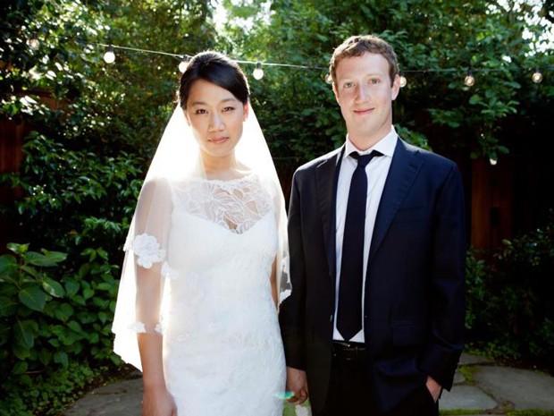Priscilla Chan e Mark Zuckerberg em foto do casamento (Foto: Divulgação)