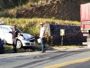 Acidente na BR-101, em Guaraná (Foto: Internauta)