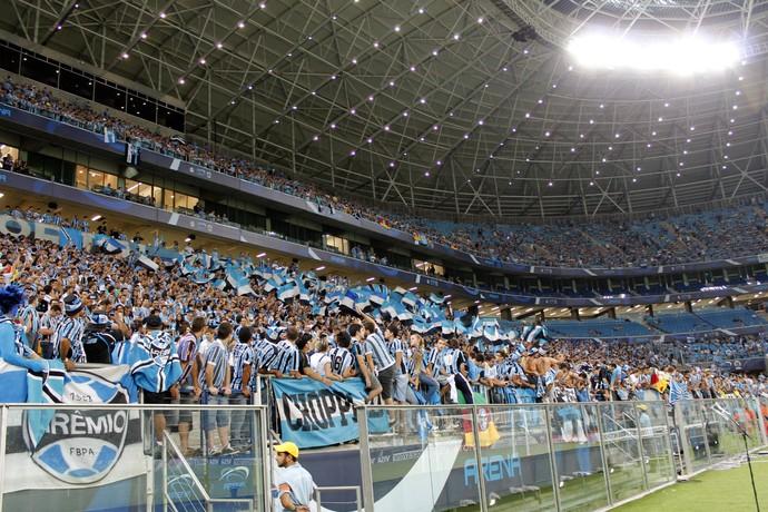 Grêmio x Newell's na Arena (Foto: Diego Guichard)