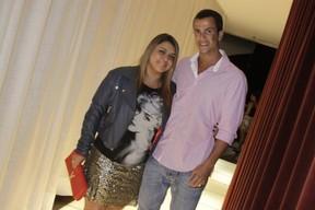 Preta Gil com o marido Carlos Henrique em show no Rio (Foto: Philippe Lima/ Ag.News)
